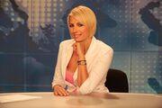 «Δελφίνι» η παρουσιάστρια δελτίου ειδήσεων του star