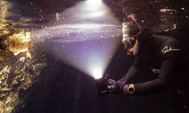 Βραδινή υποβρύχια κατάδυση για τον Σάκη Ρουβά