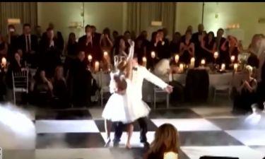 Ζευγάρι χόρεψε το «Dirty Dancing» στη δεξίωση του γάμου του και άφησε τους καλεσμένους άφωνους