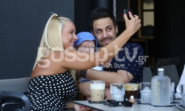 Η ωραιότερη selfie με τον γιο τους