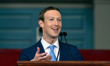 «Ανοσία» στο «μπλοκ» του Facebook έχουν ο Ζούκερμπεργκ και η γυναίκα του
