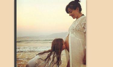 Αγγελική Δαλιάνη: Η πιο τρυφερή φωτογραφία στον έβδομο μήνα της εγκυμοσύνης της με την κόρη της