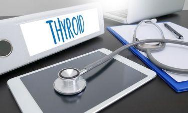 Υγεία θυρεοειδούς: Τι σημαίνει η χαμηλή TSH & ποια συμπτώματα προκαλεί