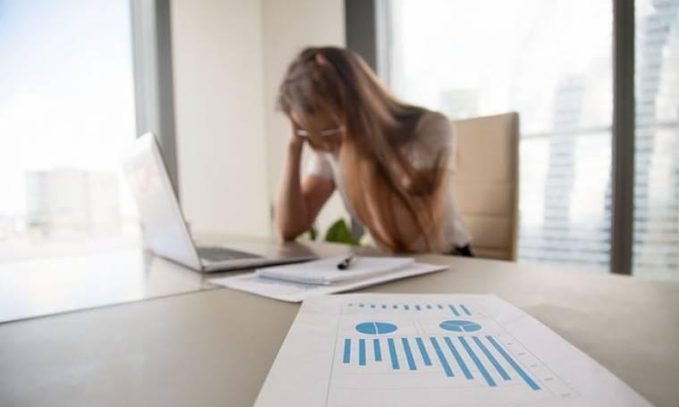 Οικονομικά προβλήματα & ημικρανίες: Ποιοι κινδυνεύουν περισσότερο