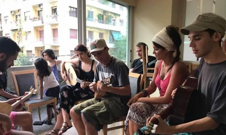 Ρένεση – Manu Chao: Βρέθηκαν στο πλευρό των προσφύγων!