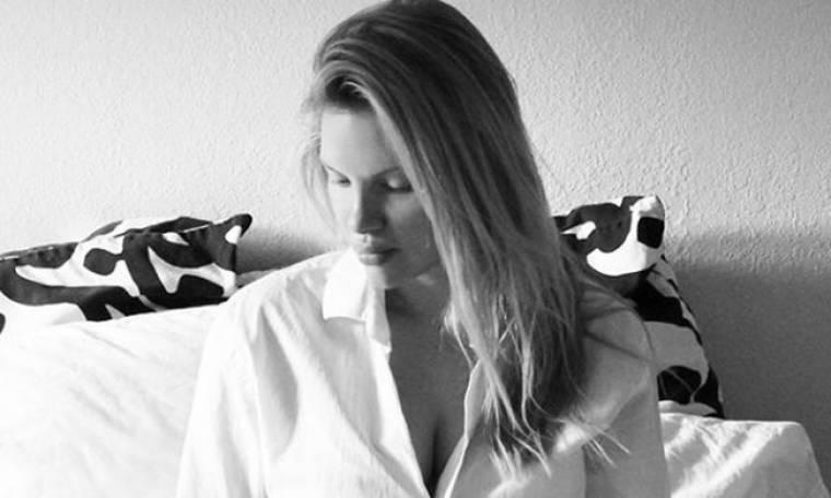 Χριστίνα Αλούπη: Η φωτογραφία με φουσκωμένη κοιλίτσα και το μήνυμα της