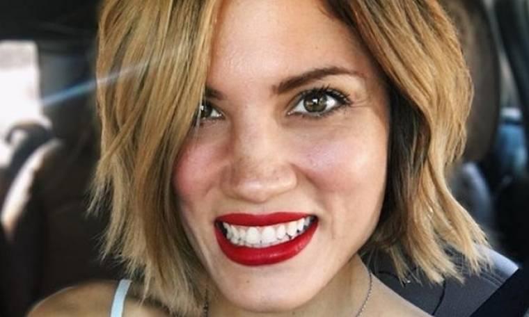 Μαίρη Συνατσάκη: Έτσι απαντά στα αρνητικά σχόλια για την αλλαγή στα μαλλιά της: «Τρίχες»