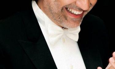Πασίγνωστος τραγουδιστής μεταφέρθηκε στο νοσοκομείο με σοβαρό τραύμα στο κεφάλι