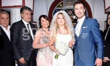 Άντζελα Δημητρίου: Το φωτογραφικό άλμπουμ του γάμου της κόρης της και το τσιφτετέλι της νύφης