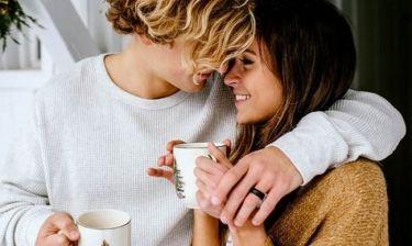Στοματικό σεξ: O ιδιαίτερος λόγος για τον οποίο ένας άντρας το κάνει (χωρίς να του αρέσει πάντα)