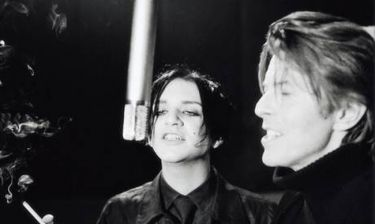Placebo & Bowie στο σφυρί για καλό σκοπό