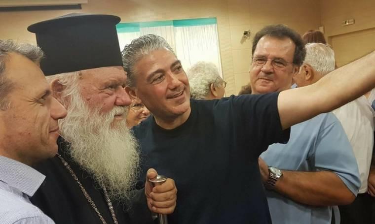 Πώς ο Φοίβος Μορίδης έπεισε τον Αρχιεπίσκοπο Ιερώνυμο να βγάλει την πρώτη...σέλφι της ζωής του;