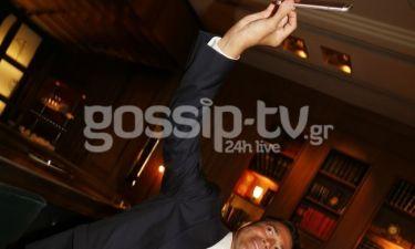 Με ποια βγάζει selfie ο Μάριος Φραγκούλης;