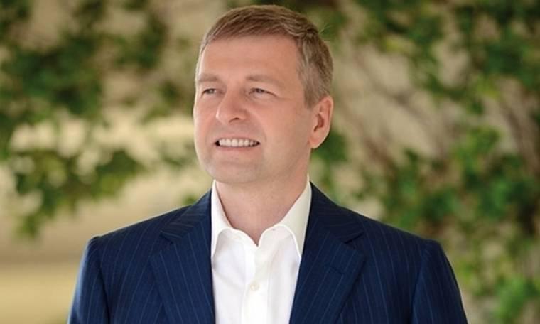 Ο Ριμπολόβλεφ μετατρέπει τον θρυλικό Σκορπίο σε χλιδάτο τουριστικό θέρετρο