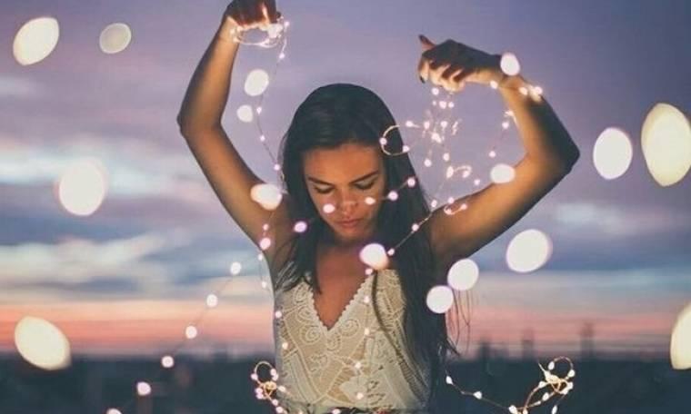 Το Καλοκαίρι τελείωσε μαζί και ο έρωτας… Tips επιβίωσης για singles