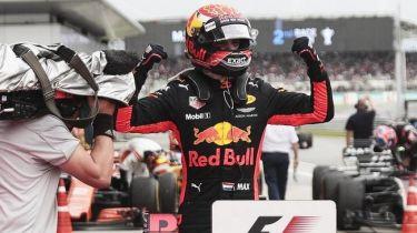 F1: Δώρο γενεθλίων στον Φερστάπεν η νίκη στη Μαλαισία (vid)