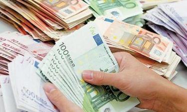 Απίστευτο! «Έβρεξε» 20ευρα στην Ερέτρια: Είδαν πεταμένα στο δρόμο 3.500 ευρώ