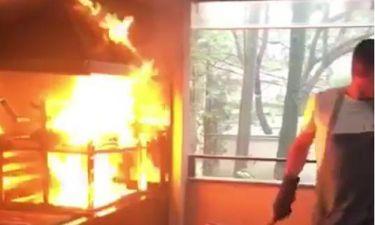 Δεν φαντάζεστε ποιοι έκαναν μπάρμπεκιου και πήρε φωτιά η ψησταριά! (βίντεο)