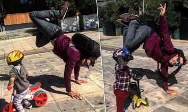 Αποστόλης Τότσικας: Οι βόλτες με τα δίδυμα τον κάνουν να γίνεται ξανά παιδί