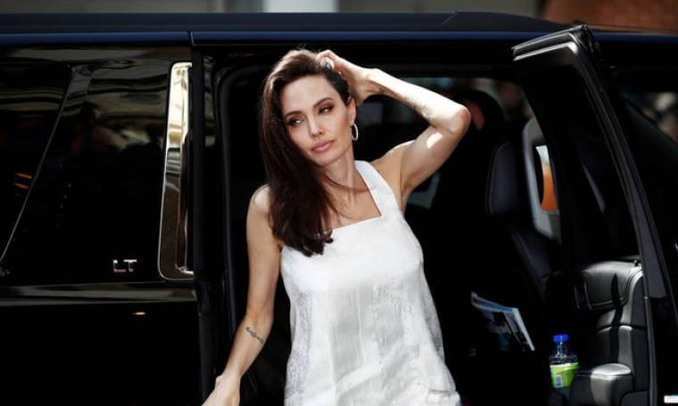 Η Αντζελίνα Τζολί ως άλλη... Αλίκη Βουγιουκλάκη: Θα έκανε το «δόλωμα» για να συλληφθεί πολέμαρχος
