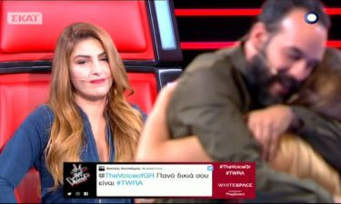 «The Voice»: Ο Μουζουράκης πήρε αγκαλιά την διαγωνιζόμενη και φώναζε: «Σ' ευχαριστώ Θεέ μου»