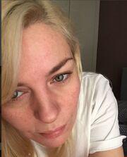 Ελισάβετ Μουτάφη: Η selfie στο κρεβάτι της χωρίς ίχνος μακιγιάζ