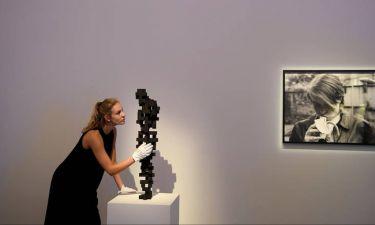 Βρετανία: Ο κόσμος της τέχνης στο πλευρό των επιζώντων του πύργου Γκρένφελ