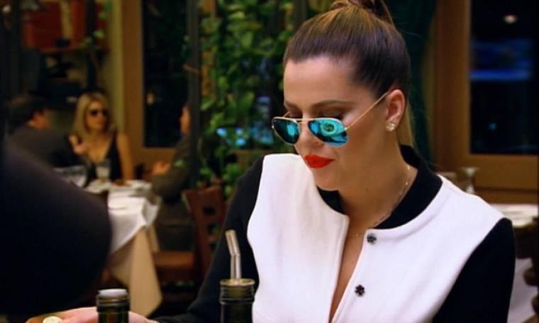 Αυτές είναι οι Kardashians: Η Κλόι διαπιστώνει ότι έχει πέσει θύμα ληστείας