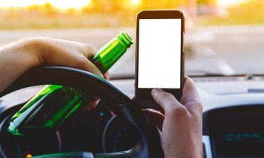 Οδήγηση & κινητό v/s οδήγηση & αλκοόλ: Τι είναι πιο επικίνδυνο