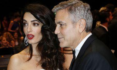 Η σύζυγος του Clooney έχει πέσει θύμα σεξουαλικής παρενόχλησης και το αποκάλυψε ο ίδιος