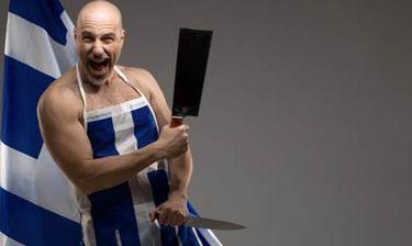 Ο stand-up comedian Σίλας Σεραφείμ παραδίδει μαθήματα ιστορίας αλλιώς...