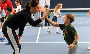 Kate Middleton: Με αθλητικά ρούχα για πρώτη φορά σε δημόσια εμφάνισή της (pics)