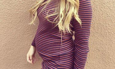 Η γνωστή τραγουδίστρια αποκάλυψε το φύλο του μωρού που περιμένει (vid)