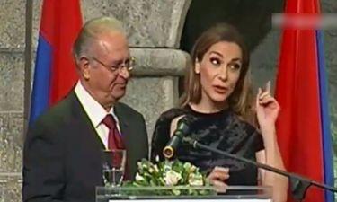Ο παρουσιαστής των Κορφιάτικων Βραβείων ζητά συγγνώμη από την Βανδή που την αποκάλεσε Βίσση