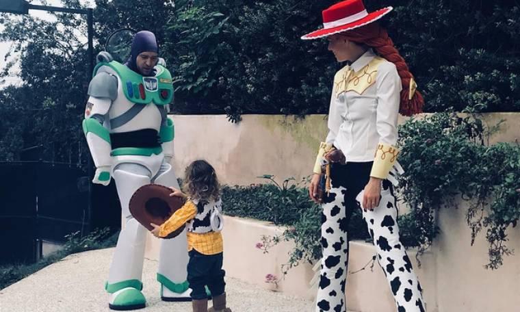 Timberlake-Biel: Κάνανε την πιο γλυκιά μεταμφίεση με τον γιο τους για το Halloween