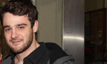 Δημήτρης Λιακόπουλος: «Το στοιχείο που με κέρδισε στον ρόλο είναι ότι υποδύομαι το καλό παιδί»