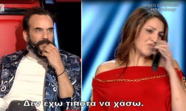 The Voice:Γύρισε μόνο ο Μουζουράκης και η παίκτρια έδειξε τη δυσαρέσκειά της– Το καρφί της Παπαρίζου