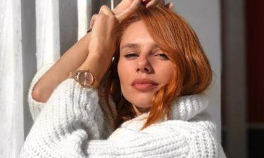 H Έβελυν Καζαντζόγλου φόρεσε το παντελόνι που ταιριάζει σε όλες και κοστίζει λιγότερο από 50 Ευρώ