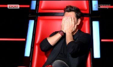 The Voice: Σε απόγνωση ο Σάκης- Η υπόσχεση που ζήτησε από τους coaches και δεν του την έδωσαν