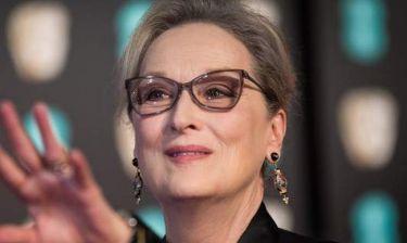Σοκάρει η Meryl Streep: «Έπαιξα τη νεκρή για να σταματήσει να με χτυπάει»