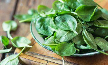 Σπανάκι: Μια τροφή-δυναμίτης για το ανοσοποιητικό - Από ποιες παθήσεις προστατεύει