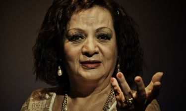 Μαίρη Ραζή: «Δεν έχω βγάλει λεφτά από το θέατρο, αλλά δεν πεινάω κιόλας»