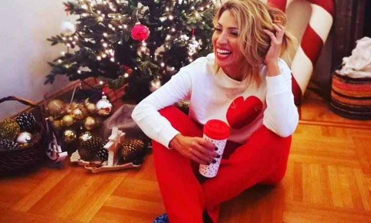 Μαρία Ηλιάκη: Στόλισε το Χριστουγεννιάτικο δέντρο στο σπίτι της