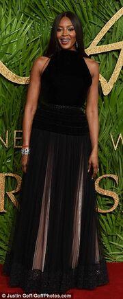 Θα πάθετε πλάκα όταν δείτε την 66χρονη μητέρα της Naomi Campbell