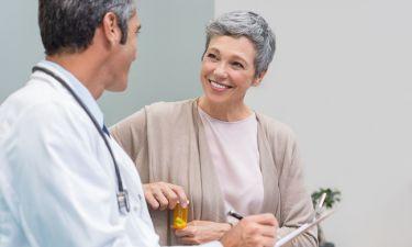 Εμμηνόπαυση: Η διατροφή που προστατεύει την καρδιά και τα οστά