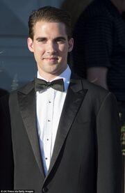 Δεν φαντάζεστε ποιος Έλληνας θα παντρέψει τον Πρίγκιπα Harry με την Meghan Markle