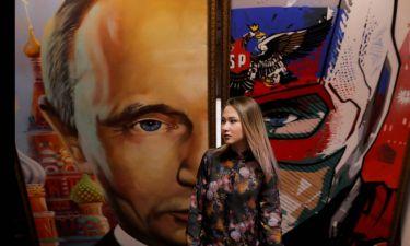 Super Putin, η pop-art «μεταμόρφωση» του Ρώσου προέδρου