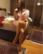 Ποια γνωστή Ελληνίδα προκαλεί «παραλήρημα» με τις σέξι φωτό της στο instagram;