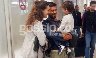 Nomads: Ο Λευτέρης Παρασκευάς επέστρεψε Ελλάδα – Τον υποδέχτηκε η γυναίκα με τον γιο τους