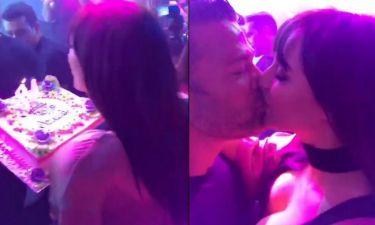 Ναυσικά Παναγιωτακοπούλου: Η έκπληξη του Σόμμερ για τα γενέθλιά της και το παθιασμένο φιλί